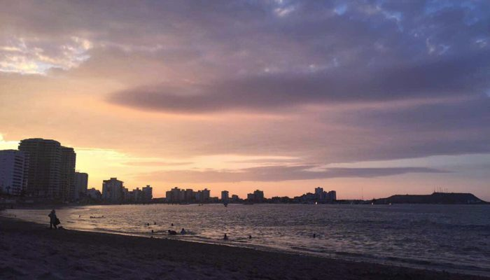 Sunset - San Lorenzo por Gabriela Sánchez